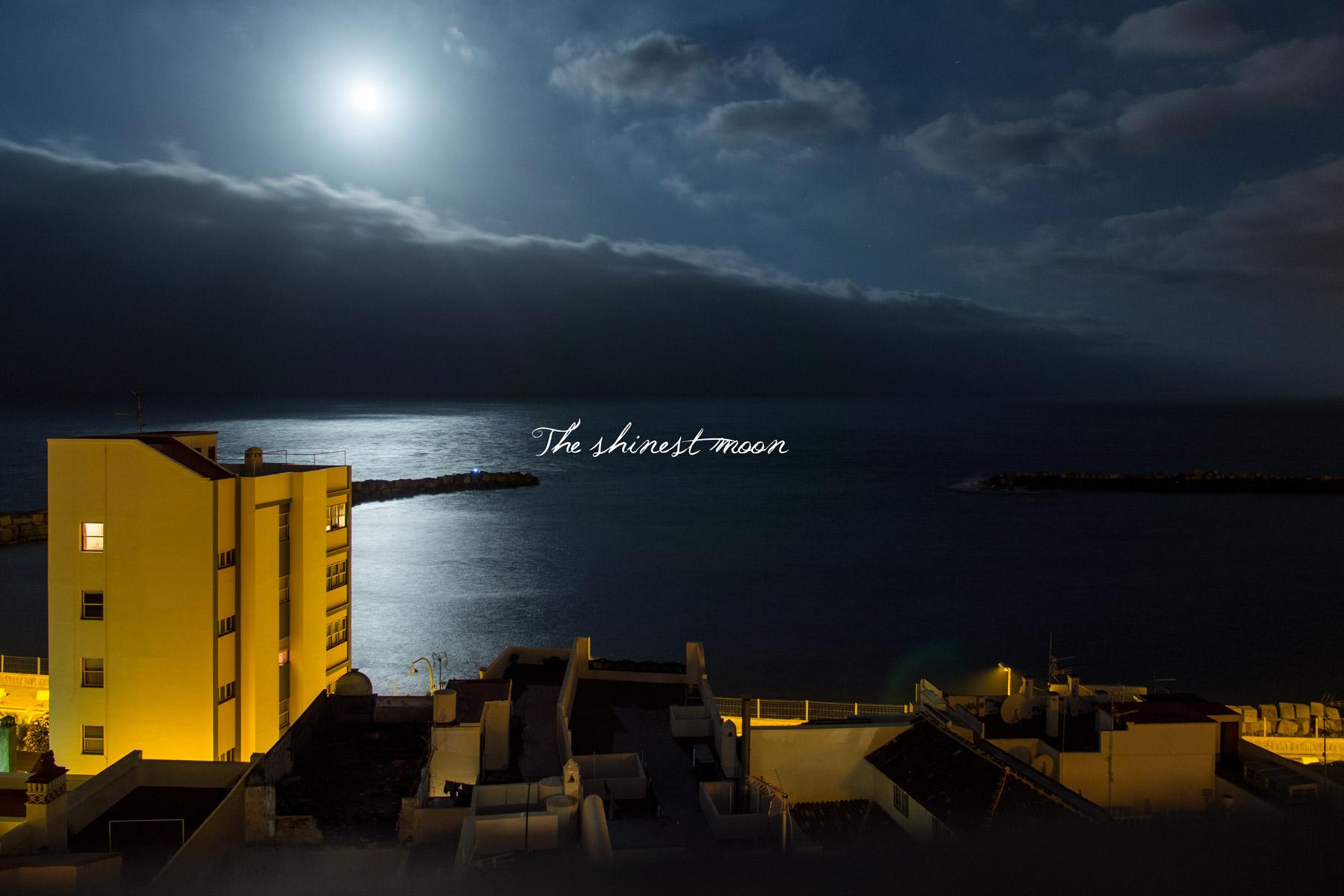 Cuando la luna más se acerca Fotos individuales